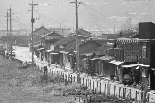 ボタ山跡付近の家